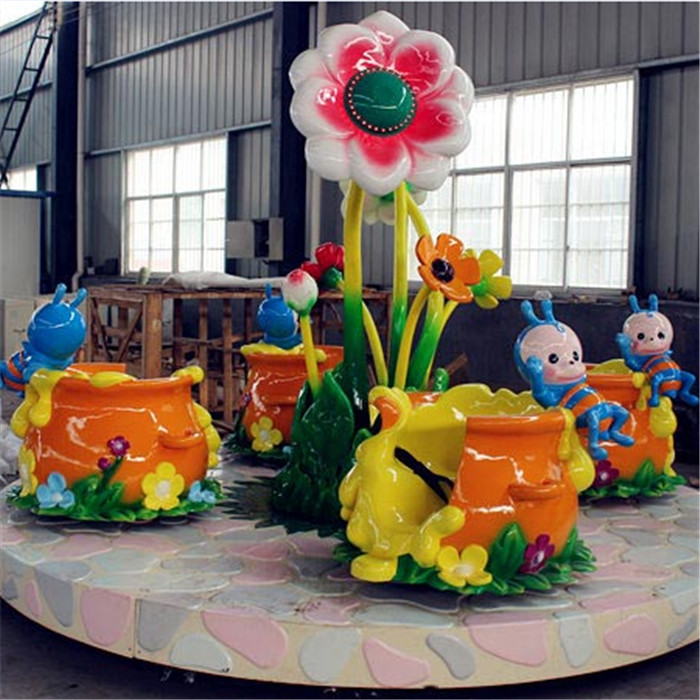 Flower tea cup ride